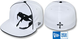 NEW ERA RATTLER PIPING BLACK-WHITE FITTED CAP
